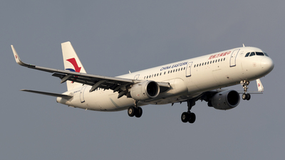 B-8398 - Airbus A321-211 - China Eastern Airlines