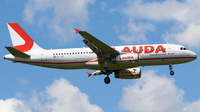 OE-LMG - Airbus A320-232 - LaudaMotion