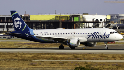 A picture of N838VA - Airbus A320214 - Alaska Airlines - © Andrew Seong