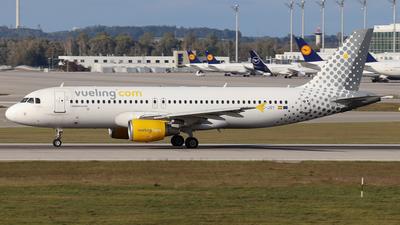 EC-JSY - Airbus A320-214 - Vueling