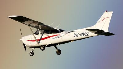 A picture of VHNWZ - Cessna 172R Skyhawk - [17280933] - © eduardo_aviationphotography