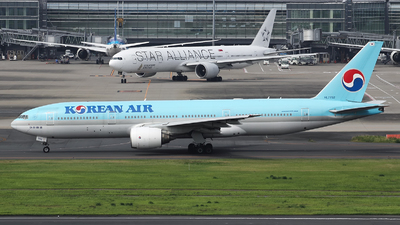 HL7752 - Boeing 777-2B5(ER) - Korean Air