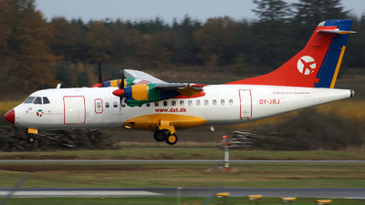 OY-JRJ - ATR 42-320 - Danish Air Transport (DAT)