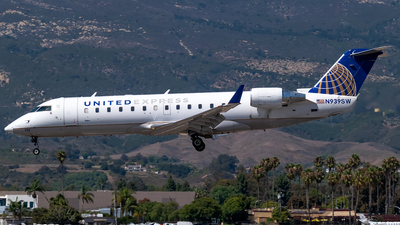 N939SW - Bombardier CRJ-200ER - United Express (SkyWest Airlines)