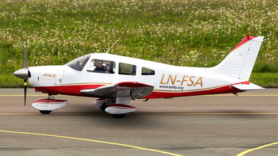 LN-FSA - Piper PA-28-181 Archer II - Private