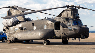 09-03785 - Boeing MH-47G Chinook - United States - US Army