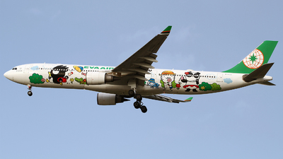 A picture of B16331 - Airbus A330302 - EVA Air - © M.T