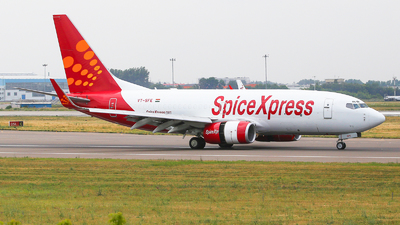 VT-SFE - Boeing 737-75C(BDSF) - SpiceXpress