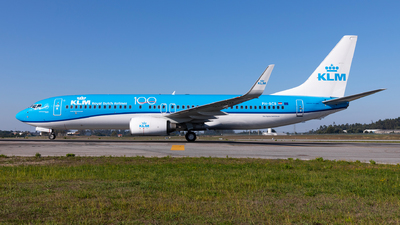A picture of PHBCB - Boeing 7378K2 - KLM - © Carlos Miguel Seabra