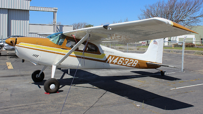 N4632B - Cessna 180 Skywagon II - Private