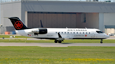 C-FEJA - Bombardier CRJ-200ER - Air Canada Express (Jazz Aviation)