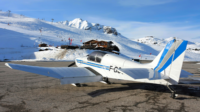 F-GSCD - Jodel D140E Mousquetaire IV - Private