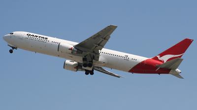 VH-OGC - Boeing 767-338(ER) - Qantas