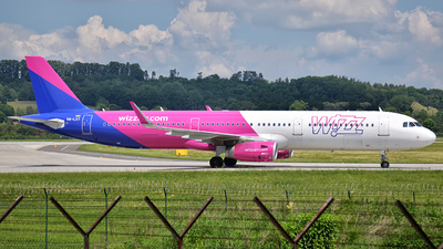 HA-LXT - Airbus A321-231 - Wizz Air