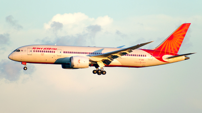 A picture of VTANO - Boeing 7878 Dreamliner - Air India - © Johann Kirby Datoy