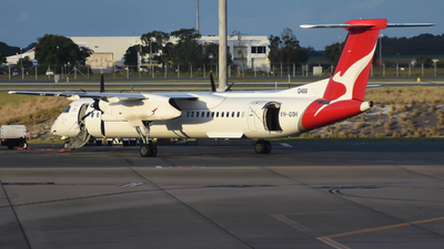 A picture of VHQOH - De Havilland Canada Dash 8400 - Qantas - © Jarrod Swanwick