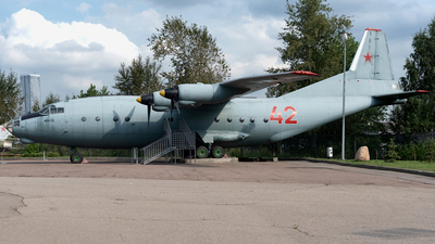 42 - Antonov An-12BP - Russia - Air Force