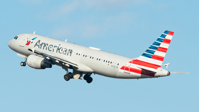 A picture of N105UW - Airbus A320214 - American Airlines - © Luis Bastardo