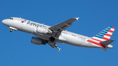 N126UW - Airbus A320-214 - American Airlines