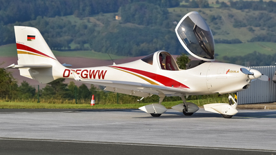 D-EGWW - Aquila A210 - Private