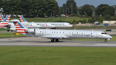 A picture of N573NN - Mitsubishi CRJ900LR - American Airlines - © DJ Reed - OPShots Photo Team