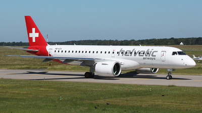 A picture of HBAZA - Embraer E190E2 - Helvetic Airways - © Florian Resech