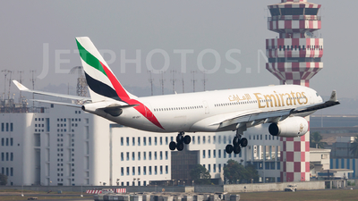 A6-EKY - Airbus A330-243 - Emirates