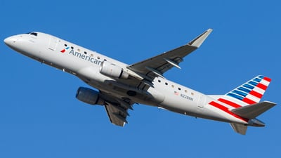 N228NN - Embraer 170-200LR - American Eagle (Envoy Air)