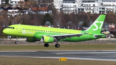 VQ-BDF - Airbus A320-214 - S7 Airlines