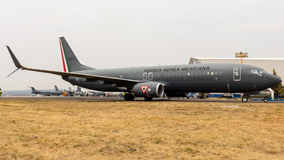 3527 - Boeing 737-8ZY - Mexico - Air Force