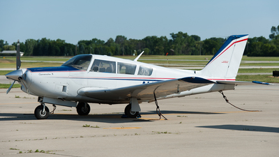 N9195P - Piper PA-24-260 Comanche B - Private