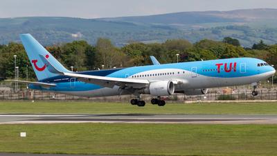 G-OBYF - Boeing 767-304(ER) - TUI