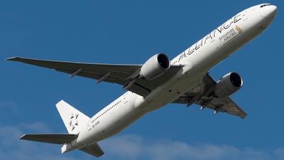 9V-SWM - Boeing 777-312ER - Singapore Airlines