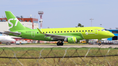 A picture of VQBYA - Embraer E170STD - S7 Airlines - © Vitaly Revyakin
