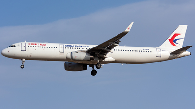 A picture of B1858 - Airbus A321231 - China Eastern Airlines - © HXD3D-0080