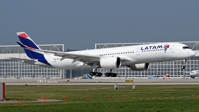 A7-AMB - Airbus A350-941 - LATAM (Qatar Airways)