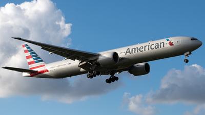 N734AR - Boeing 777-323ER - American Airlines