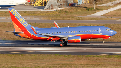 N483WN - Boeing 737-7H4 - Southwest Airlines