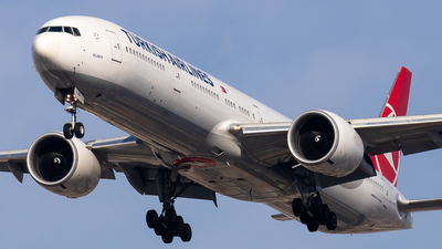 A picture of TCLJD - Boeing 7773F2(ER) - Turkish Airlines - © fachetti_spotter