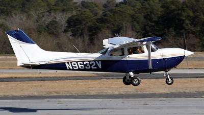 N9632V - Cessna R172K Hawk XP - Private