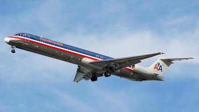 N574AA - McDonnell Douglas MD-82 - American Airlines