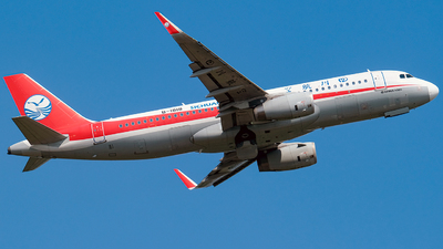 B-1818 - Airbus A320-232 - Sichuan Airlines