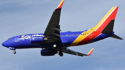 N7828A - Boeing 737-7CT - Southwest Airlines