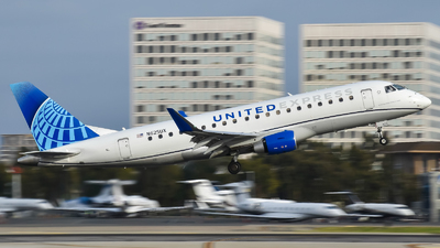 N625UX - Embraer 170-200LL - United Express (SkyWest Airlines)
