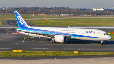 A picture of JA839A - Boeing 7879 Dreamliner - All Nippon Airways - © Julia Müller