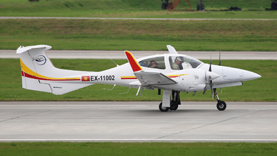 EX-11002 - Diamond DA-42 Twin Star - Sky KG Airlines