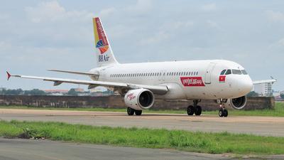 LZ-BHF - Airbus A320-214 - VietJet Air (BH Air)