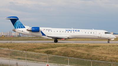 A picture of N535GJ - Mitsubishi CRJ550 - United Airlines - © Shon F
