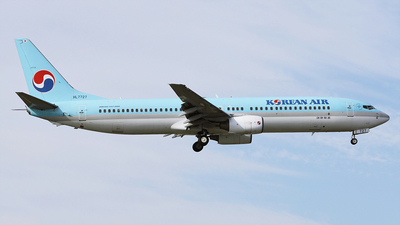 A picture of HL7727 - Boeing 7379B5 - Korean Air - © REDSOX