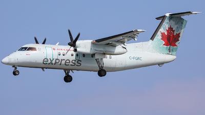 A picture of CFGRC - De Havilland Canada Dash 8100 - [195] - © CurtisShao233